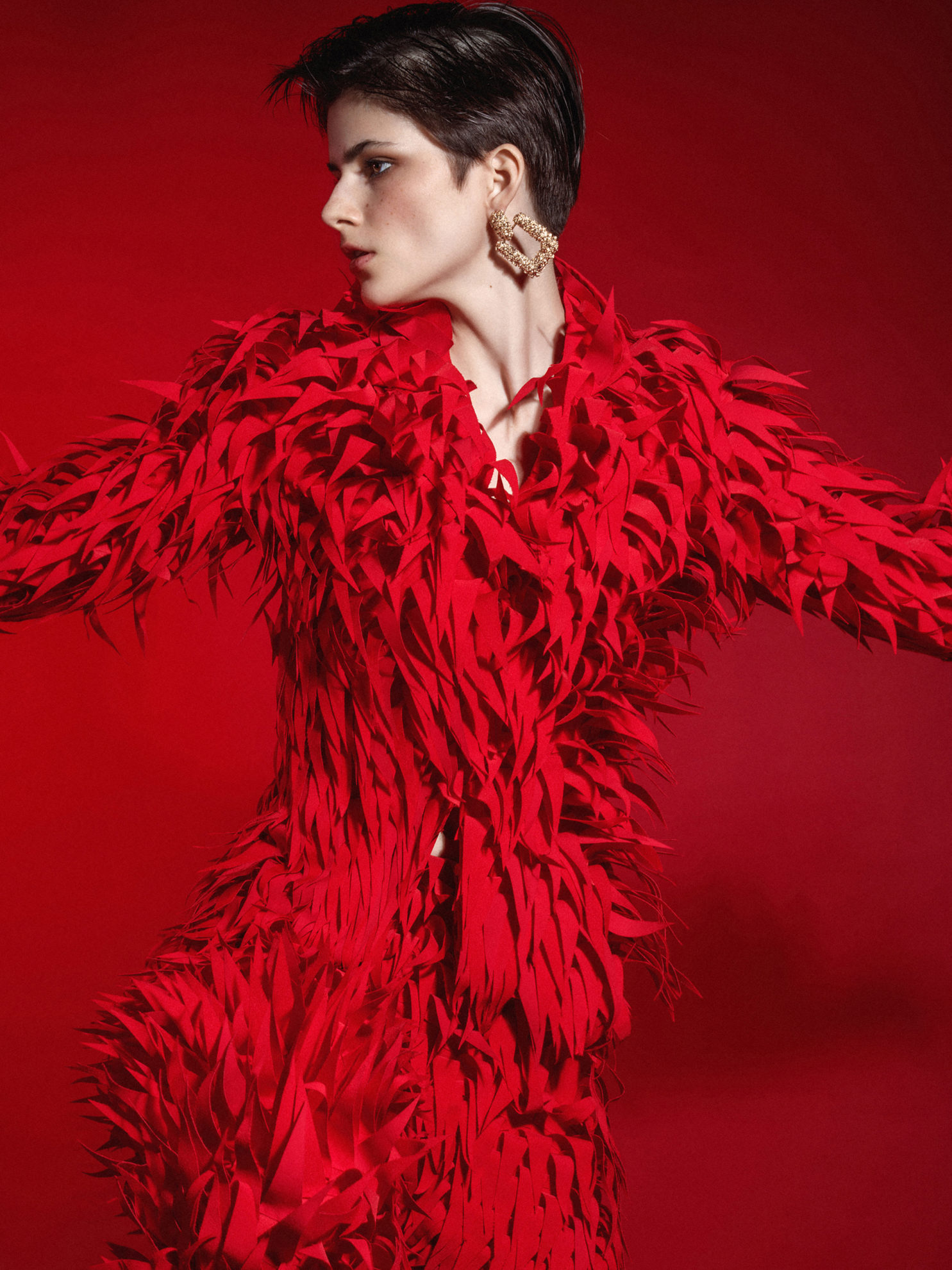 """""""Red is the new black"""" for LYUN magazine"""